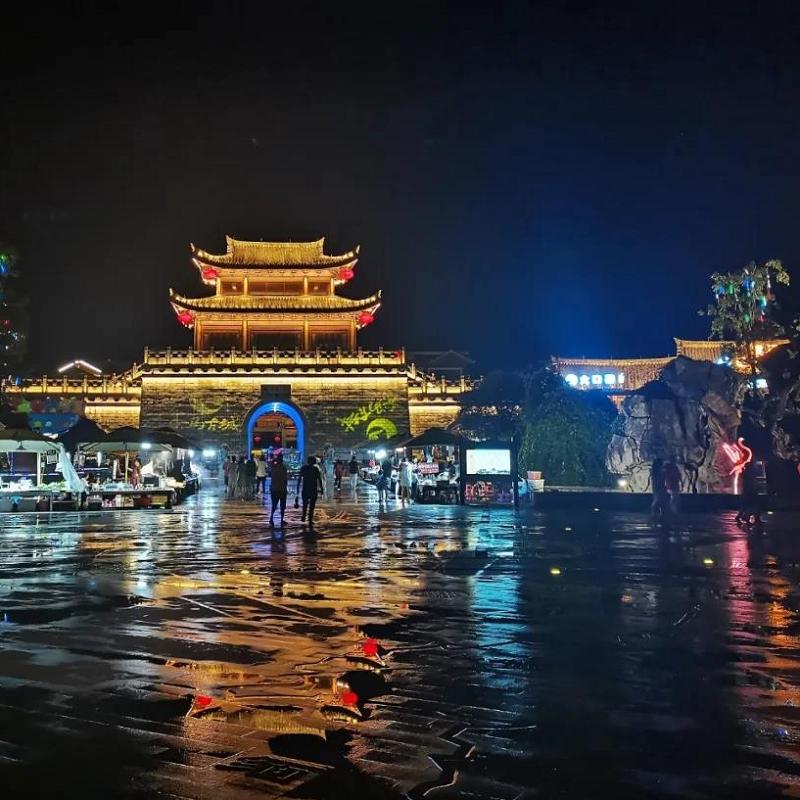 茶马古城:灯光重塑古城,让岁月的痕迹历久弥香