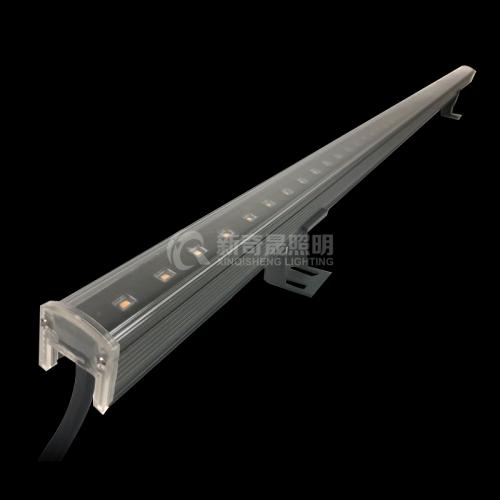 线型洗墙灯以大程度的减少灯体间隙