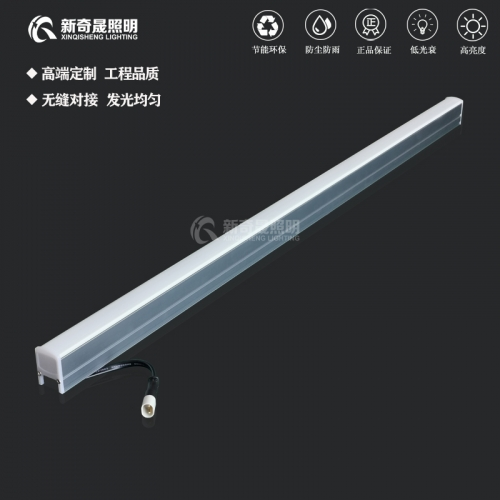 户外亮化线型洗墙灯一般是怎么出线的